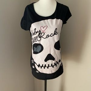 Tops - Baby Skull Rock Large Graphic Tee